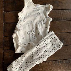 Anko baby organic onesie pants EUC 6-12 months